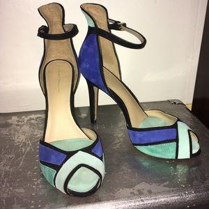 Zara Basic Baby Blue Pumps 😍